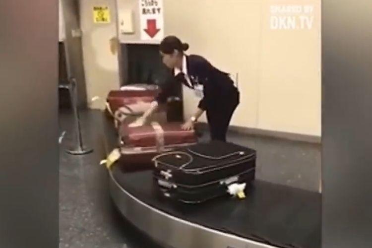 「日本の空港で起きた信じられないこと」と海外で騒然!一体何のこと?