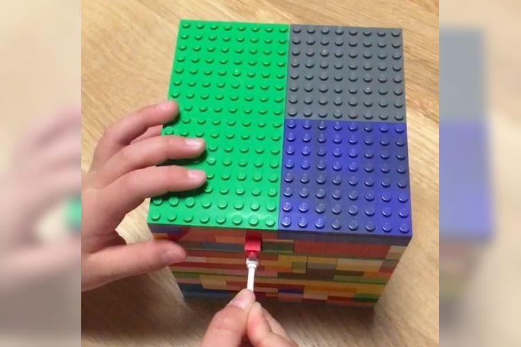 """天才少女、現る!10歳の娘が作った""""レゴのカラクリ箱""""が凄すぎてビックリ!"""