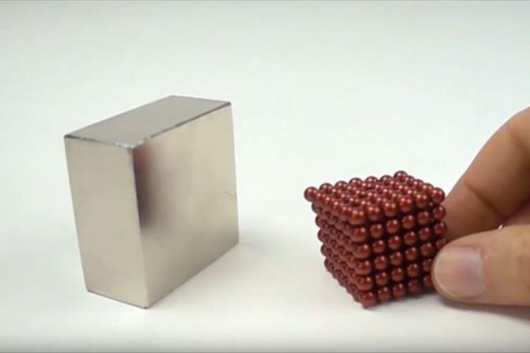 【摩訶不思議】磁石と磁石がぶつかる際のスローモーション動画がクセになりそう