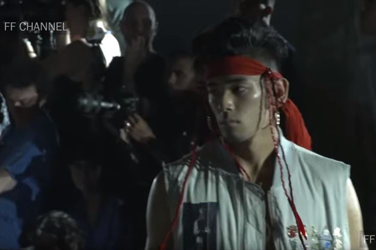 お父さん似で超イケメン!本木雅弘の長男『UTA』がパリコレでモデルデビューしていた!