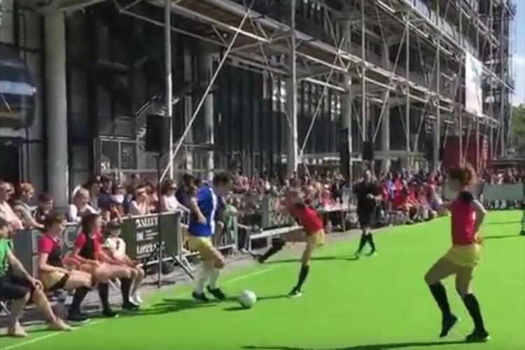 「なんかウケる…」パリで流行中!サッカーとディスコダンスの融合『ディスコ・フット』が面白そうだ