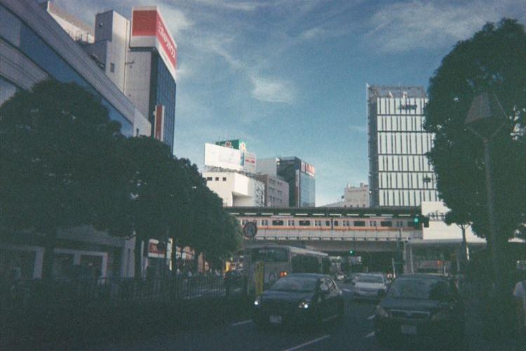 20年以上前の「写ルンです」で撮った現在の吉祥寺…まるで昭和の写真のよう