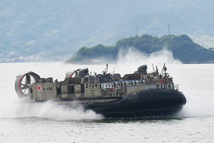 【西日本豪雨】さすが呉地区。5隻の船が被災地へお風呂を輸送、中には船上のお風呂も!