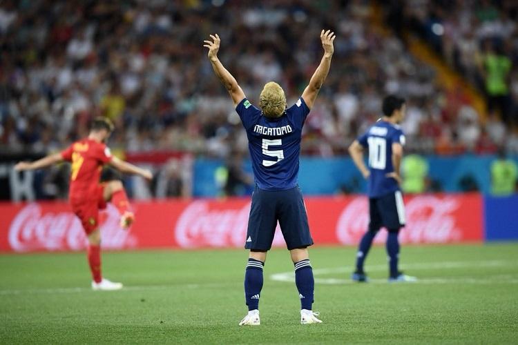 サッカー日本代表・長友佑都選手が祖母からもらった手紙に感動が広がる!その深い一言とは?