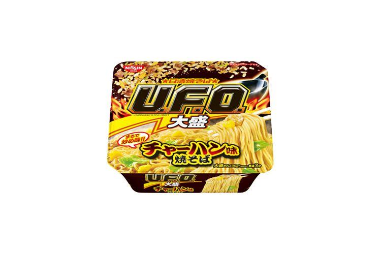 困惑…(笑) 日清焼きそばU.F.Oの新商品は『チャーハン味』