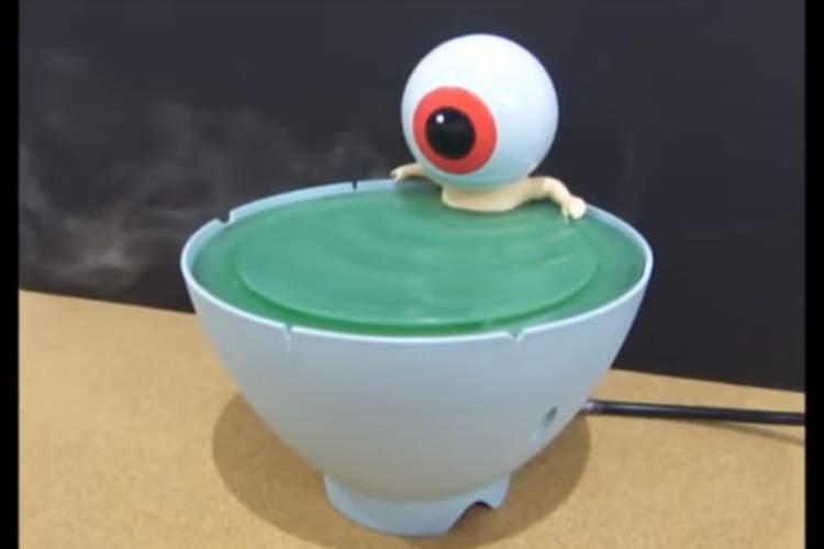 欲しい…(笑)目玉のおやじの茶碗風呂から蒸気が出る「加湿器」が発売決定!