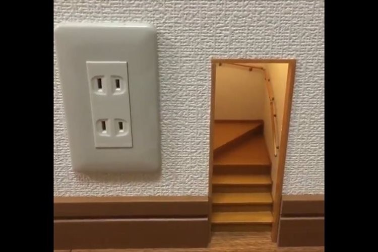「実はこの作品、中に入れます」…ミニチュア『小人の階段』の動画に「脳みそが錯覚する」等と反響