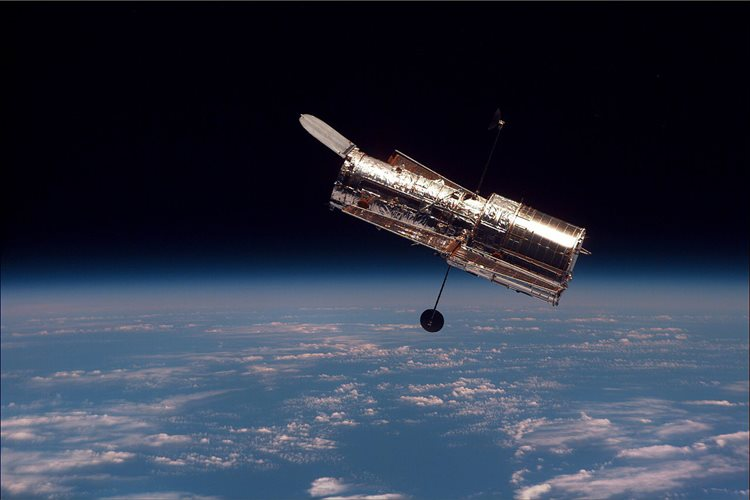 一生の終わりを迎えた星の姿がはかなくも美しい… ハッブル宇宙望遠鏡が撮影