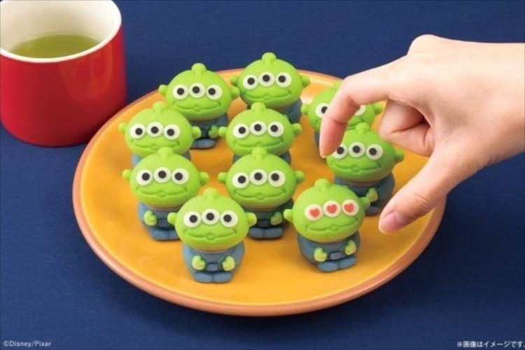 可愛い~☆トイストーリーの『リトル・グリーン・メン』が和菓子になっちゃった!