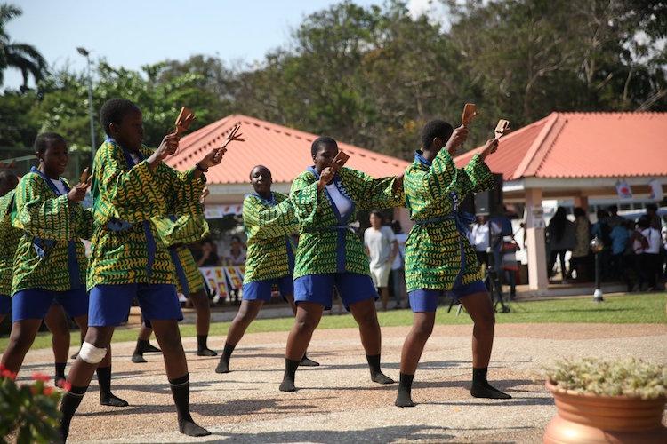 みんな上手すぎだし楽しそう!アフリカの「よさこい祭り」が独自の変化を遂げていて超クール!