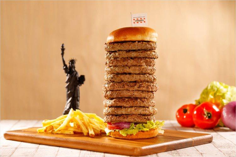 """【肉好き歓喜】ハンバーガーのパテを何枚でもはさめる企画が11月29日""""いい肉の日""""に実施!"""