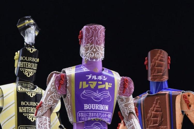 【カミロボ】ブルボンの定番お菓子の袋がかっこよく大変身!カミロボ作ってみたい