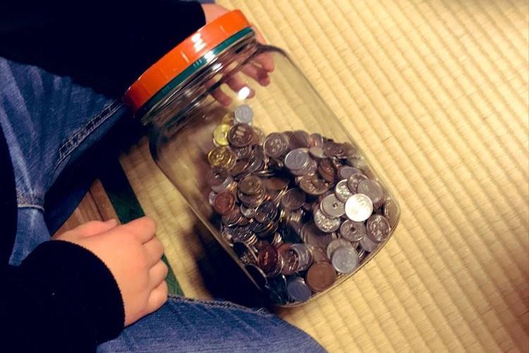 自分次第で金額が決まる!ばあば主催の「お年玉つかみ取り大会」がめちゃくちゃ楽しそう!