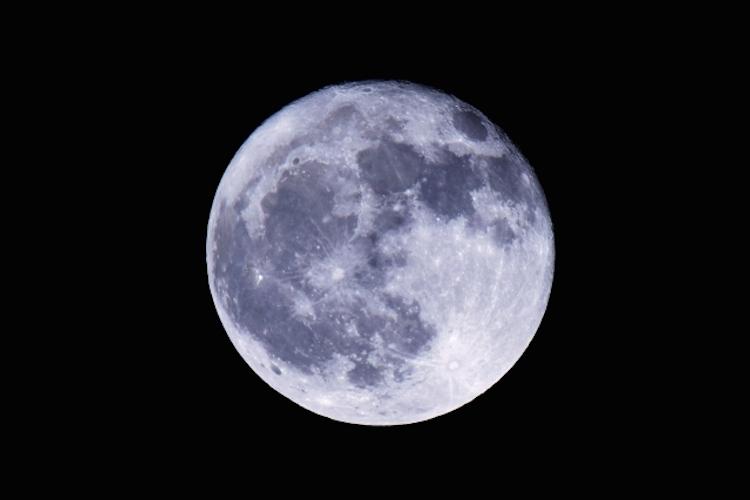 2019年最大の満月!2月20日は「スーパームーン」が見られるよ!