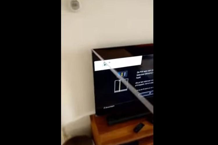 新しく買ったテレビ。気持ちよくテープを剥がしていると、悲しい結末が…