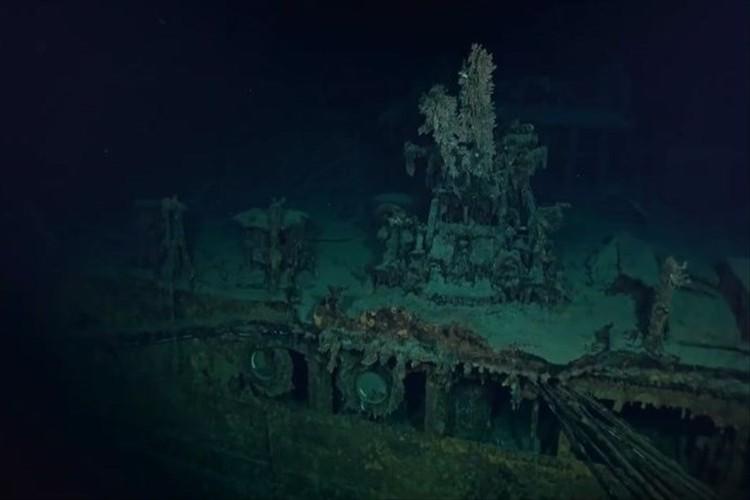【貴重映像】旧日本海軍・軽巡洋艦「神通」の船体が、クラ湾の海底900メートルで発見される!