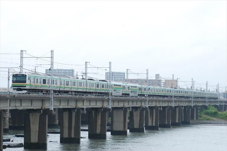 """「50年で電車の顔はこう変わる」""""東海道線の顔の変化""""を描いた絵に多くの反響"""