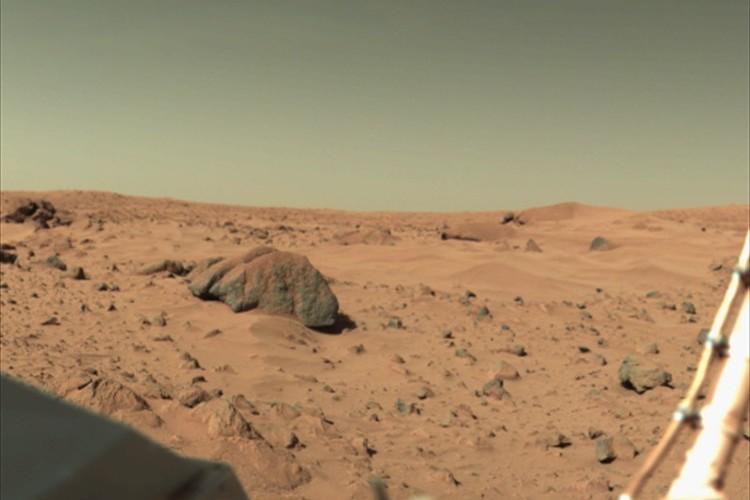 """「間違いなく火星の揺れをとらえた」NASAが火星の地震とみられる振動の記録に成功!その""""音""""を公開"""