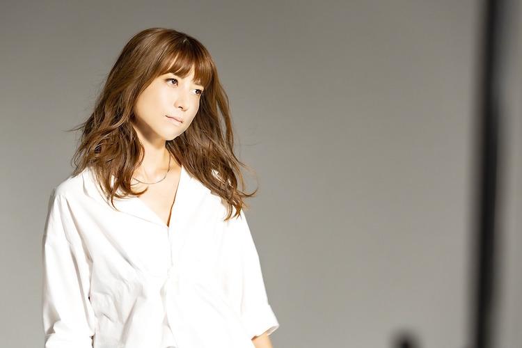 hitomiが自身の名曲をセルフリメイク!「LOVE 2020」高橋尚子さんも再絶賛!!