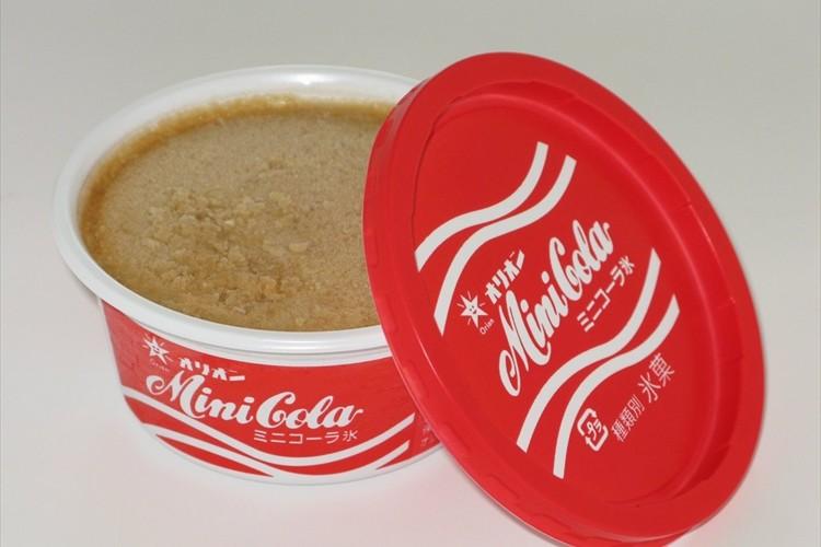 ロングセラーの駄菓子「ミニコーラ」の味をかき氷で再現!『ミニコーラ氷』が新発売!