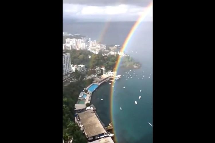 """ブラジルに出現した""""ダブルレインボー""""が圧巻!二重の虹が大きな円を描く珍しい光景"""
