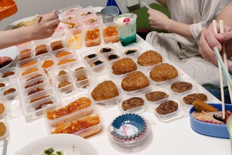 私もやってみたい!理想のお弁当を作る「冷凍食品バイキングパーティー」がめっちゃ楽しそう!