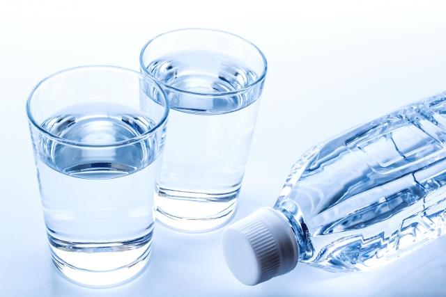 コップ2杯の水