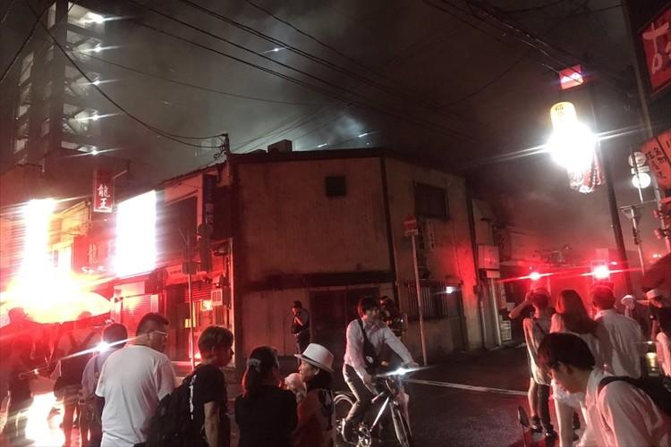 仙台・国分町で発生した火災を、いち早く知らせてくれたロックな男性の正体とは?