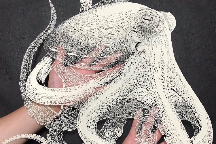 【神の領域】白い紙とデザインカッターで作った切り絵アートが凄すぎる!!