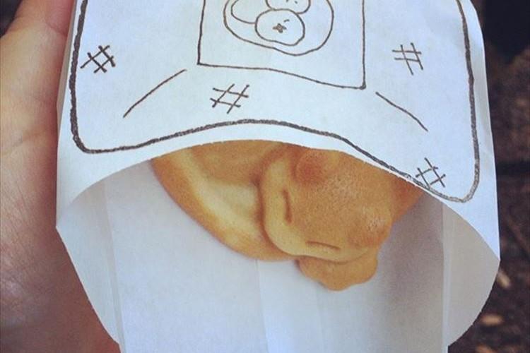 【激カワ】井の頭公園内のカフェで売られている「ネコドーナツ」が可愛すぎて食べられない!