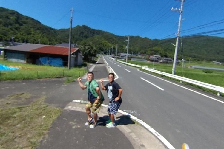 宮川大輔とザキヤマが、Googleストリートビューに!未開拓エリアを練り歩く様子が面白い!