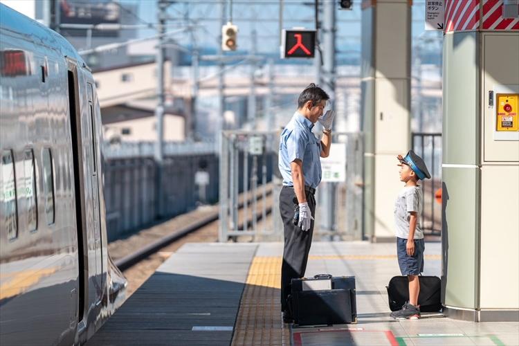 「この日のことは一生忘れないやろうなぁ」新幹線が大好きな息子に、運転士さんが素敵な対応