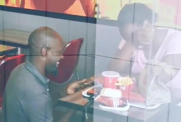 愛に場所は関係ない!南アフリカのKFCで行われた素敵なプロポーズが話題に