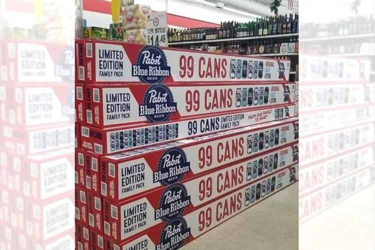 海外のスーパーで販売されていたビールのファミリーパックが、デカすぎると話題に!