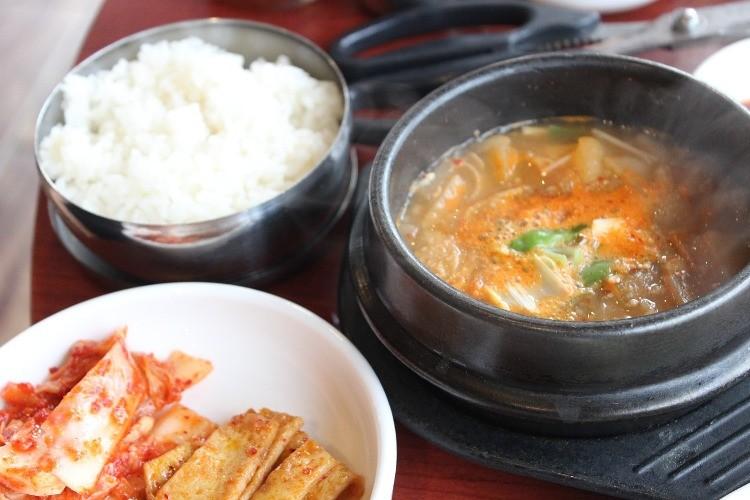 韓国料理でよく使う「チゲ」とはいったいどういう意味?チゲ鍋は間違いなの?