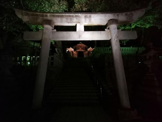 神隠しの伝説がありそうな神社