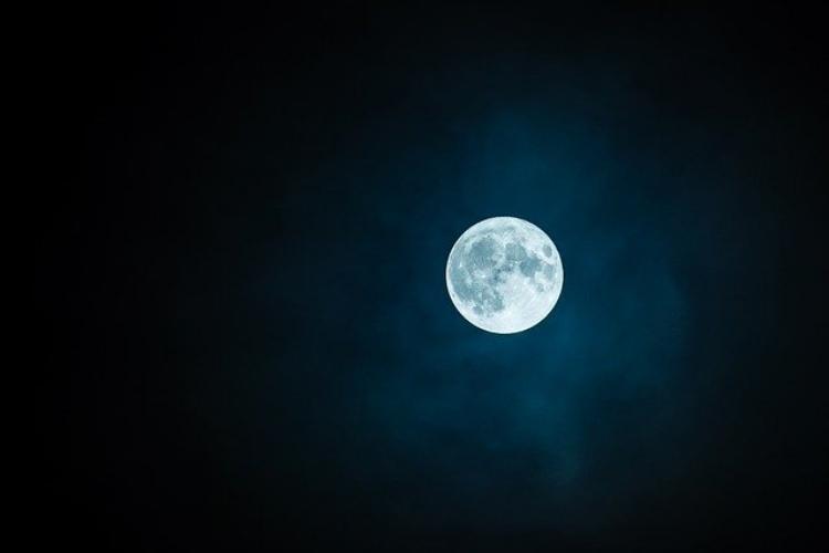 十五夜は有名だけど十三夜って知ってる?お月見は両方しないと縁起が悪い?