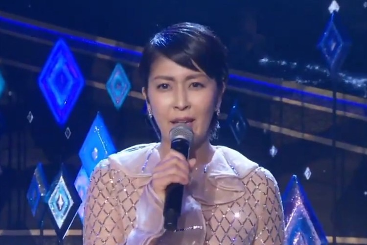 日本のエルサ役・松たか子がアカデミー賞の舞台で熱唱!授賞式で歌唱するのは日本人初の快挙!