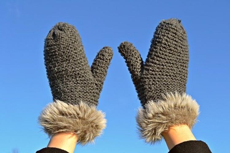 【手袋の数え方】靴下は一足だから手袋は一手じゃないの?意外と知らない数え方を紹介