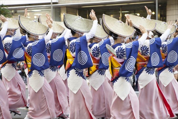 観光目的でも楽しい日本三大盆踊りを紹介!中には一緒に踊れるものも!
