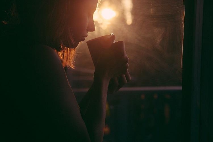 ブレンドにアメリカンやラテ・・・コーヒーは飲み方の種類が豊富だけど、何が違うの?