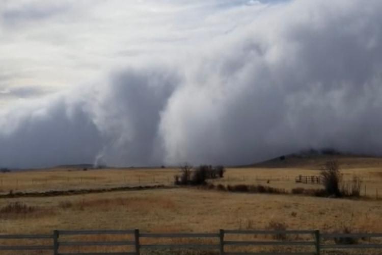 この世の終わりかと思う恐ろしさ!米モンタナ州で発生した雲がホラー映画のようでゾッとする