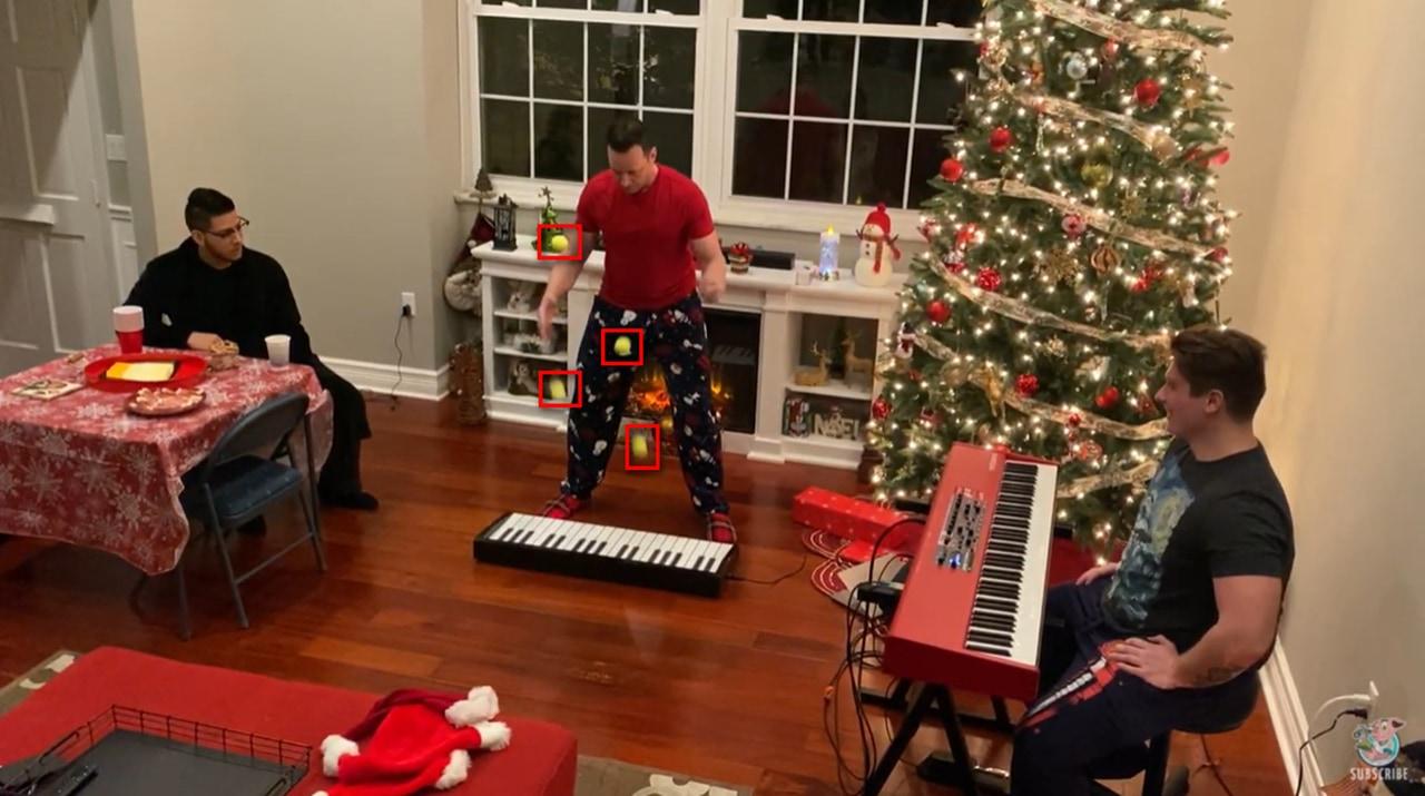 クリスマスソングのまさかの演奏方法が凄すぎる!正確無比な技術は圧巻!