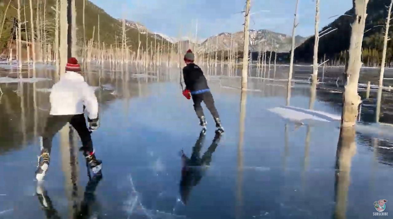 湖の上でのスケート動画が気持ちよすぎる!自然のスケートリンクを満喫♪