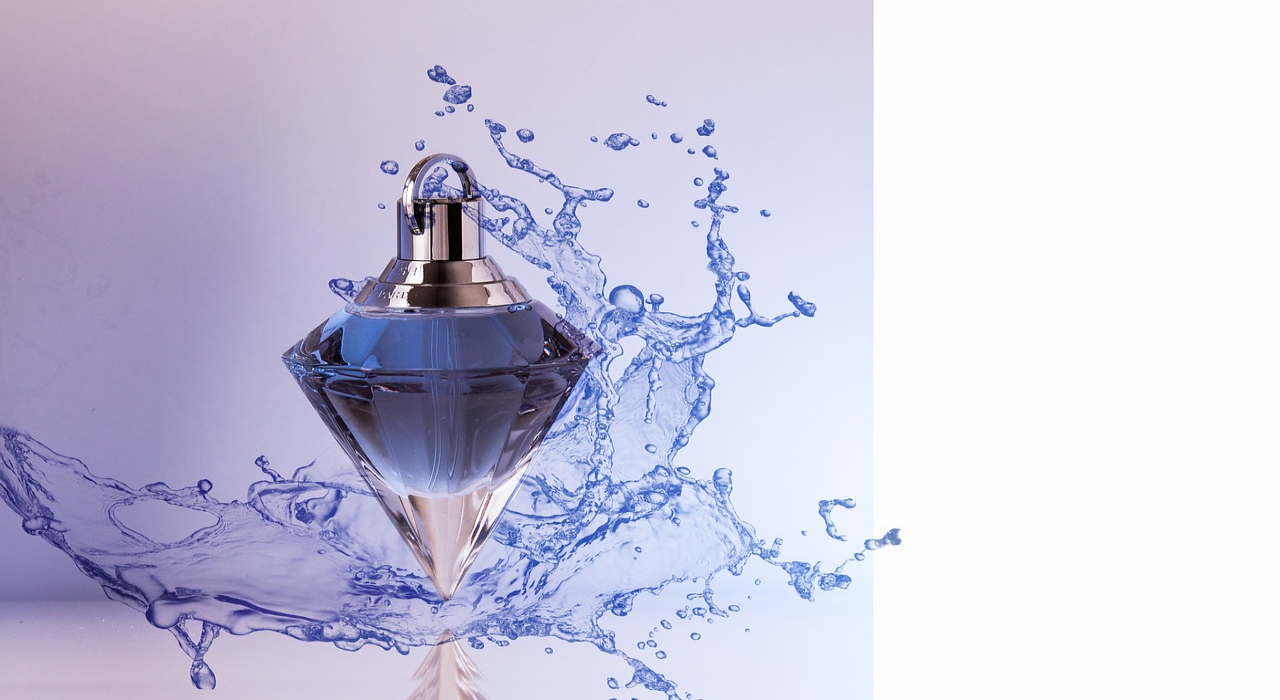 「オードトワレ」とはどういう香水?他の香水との違いはどこに?