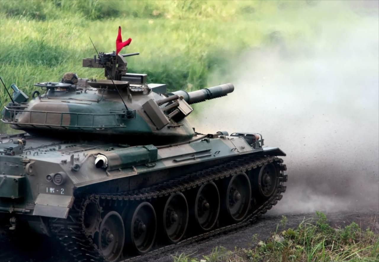 この発想はなかった!あまりにも可愛くて衝動買いした『戦車ティーポット』が話題に!