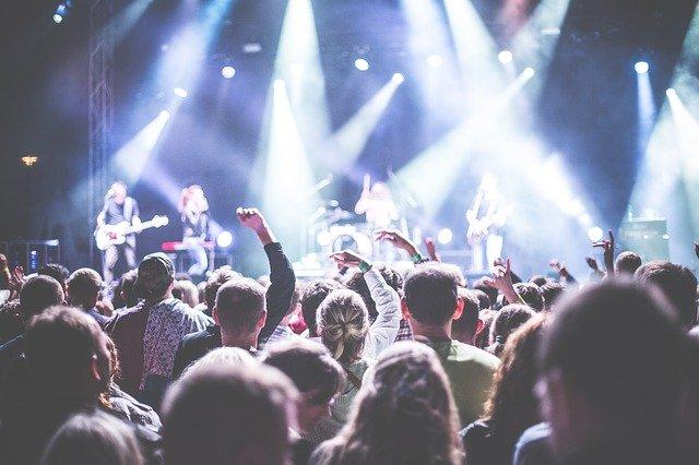 音楽の快感はアルコールと同じ脳領域で発生していたって本当?