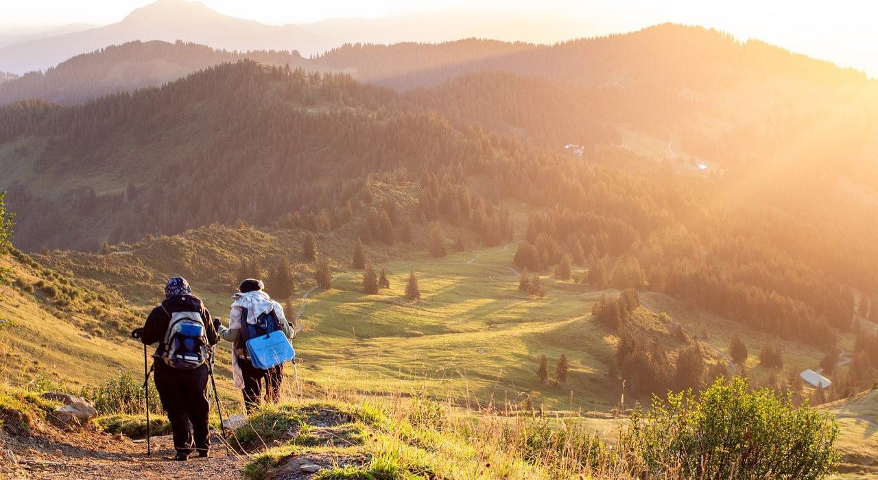 「ハイキング」と「トレッキング」に「登山」と、山に登ることをあらわす言葉は多いけど、その違いは何?