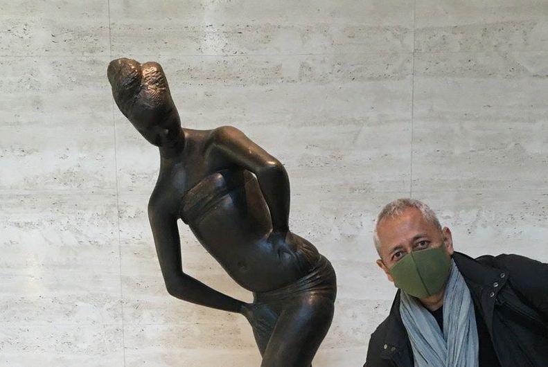 全力な姿が愛おしい!美術館で楽しすぎる喜びを表現したくて頑張るお父さんがこちらです
