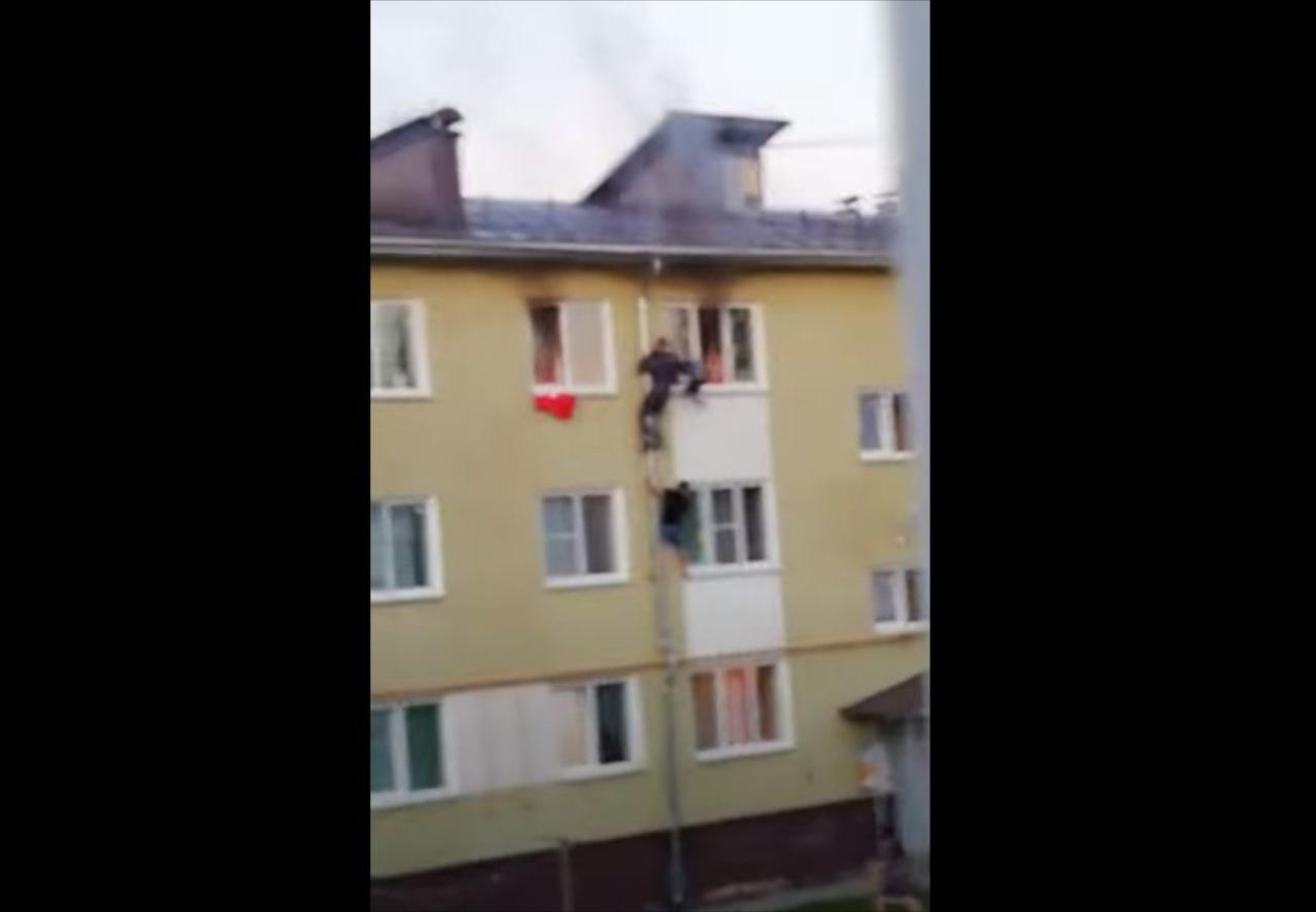 火事で閉じ込められていた子供たちを地元住民が連携プレーで救出!勇気ある行動に称賛の声